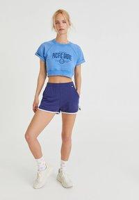PULL&BEAR - Print T-shirt - light blue - 1
