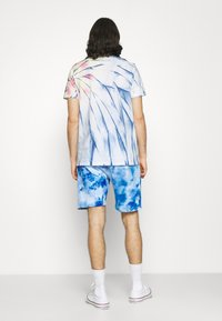 Ellesse - BOSSINI TIE DYE  - Shorts - multi coloured - 2