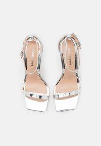 Glamorous Wide Fit - Sandalias - silver mirror - 5