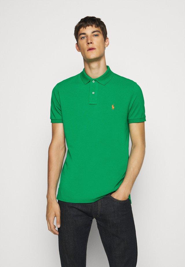 SHORT SLEEVE - Polo shirt - chroma green