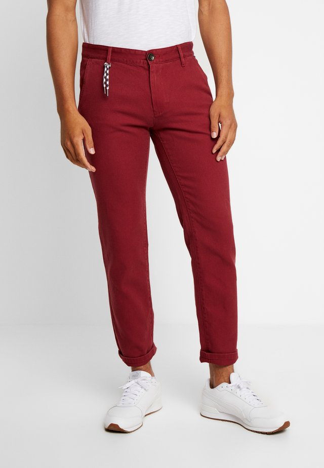 STRUCTURE - Chinos - father's pipe red
