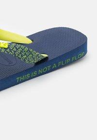 Havaianas - TOP BOLD UNISEX - T-bar sandals - navy blue - 2