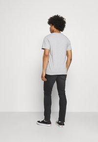 Tommy Jeans - SCANTON SLIM - Slim fit -farkut - black denim - 2