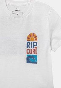 Rip Curl - OCEANZ BOY - Print T-shirt - white - 2