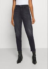 ONLY - ONLVENEDA LIFE MOM - Straight leg jeans - black denim - 0