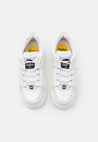 Buffalo London - Sneakersy niskie - white - 5