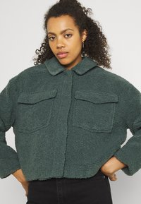ONLY - ONLMARINA CROP JACKET - Light jacket - balsam green - 3