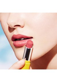 L'OCCITANE - FRUITY LIPSTICK - Lipstick - provence sunset - 2