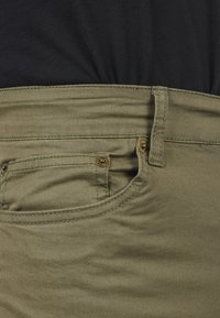 Solid - Jeansshort - dusty olive - 4