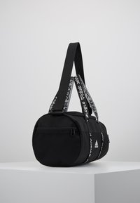 adidas Performance - 4ATHLTS ESSENTIALS 3STRIPES SPORT DUFFEL BAG - Urheilukassi - black/white - 3