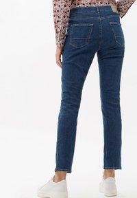 BRAX - STYLE CAROLA - Slim fit jeans - clean regular blue - 2