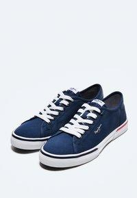 Pepe Jeans - KENTON SMART - Sneakers - azul marino - 2