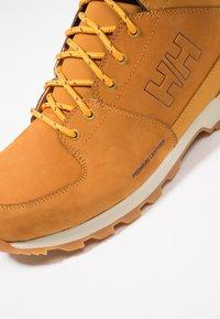 Helly Hansen - TSUGA - Trekking boots/ Trekking støvler - new wheat/espresso/natura - 5