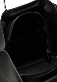 DreiMaster - Handbag - black - 3