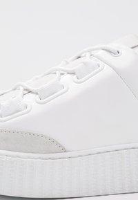 Samsøe Samsøe - VALIA - Sneakersy niskie - white - 2