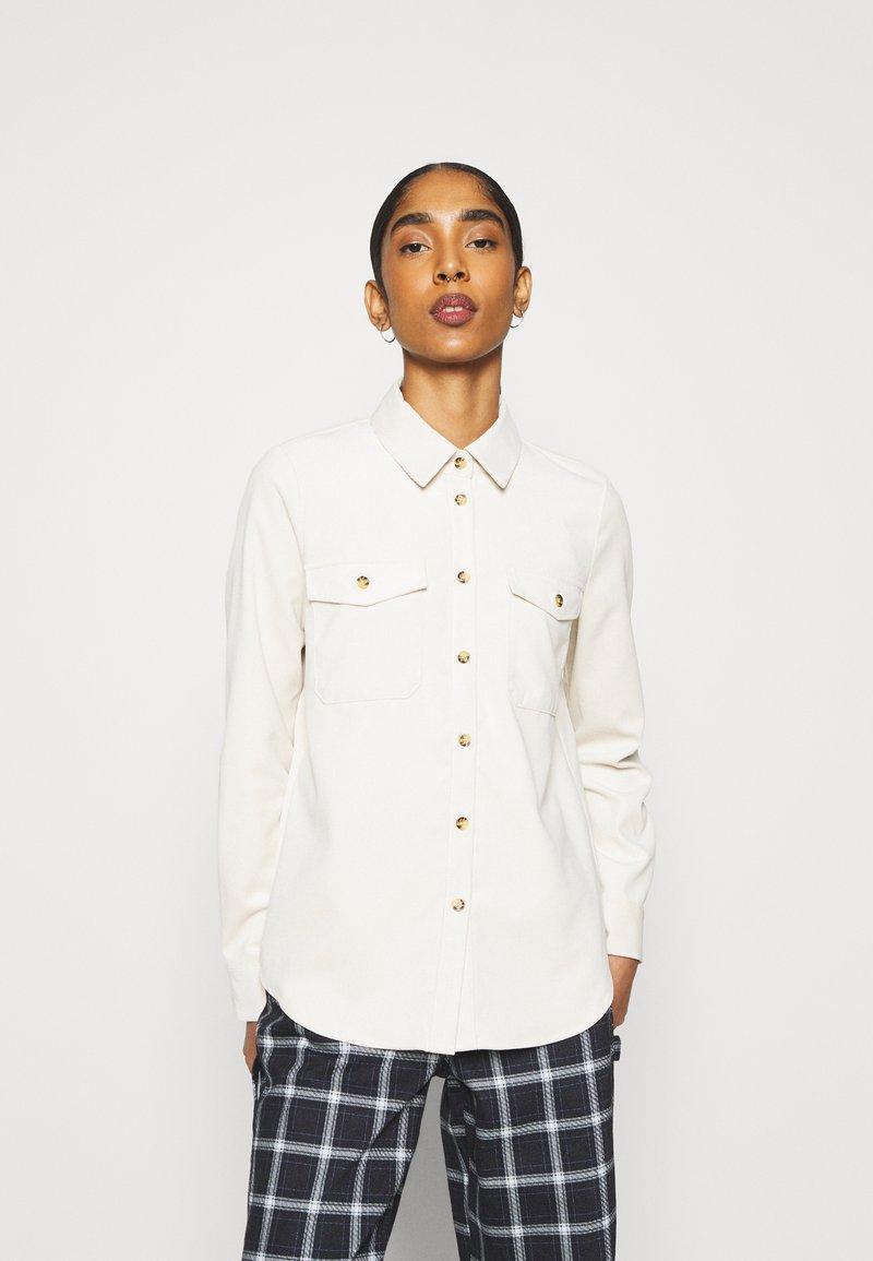 Vero Moda - VMSYLVIA - Camisa - birch