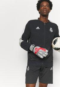 adidas Performance - REAL MADRID - Club wear - carbon/chalk white - 3