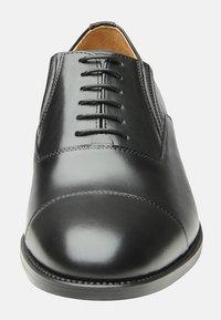SHOEPASSION - NO. 543 - Smart lace-ups - black - 5