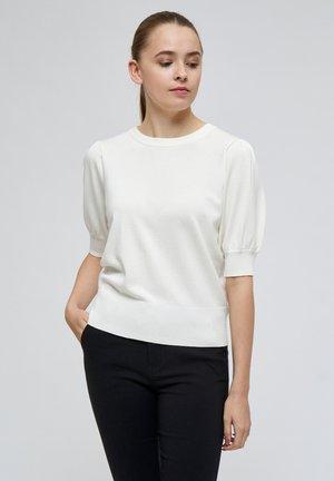 LIVA - Basic T-shirt - broken white