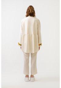 Touché Privé - ETHNIC  - Summer jacket - beige - 2
