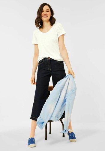 BASIC STYLE - Basic T-shirt - weiß