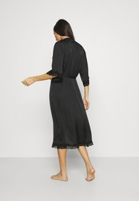 Anna Field - ARIANA SATIN KIMONO LONG - Dressing gown - black - 2
