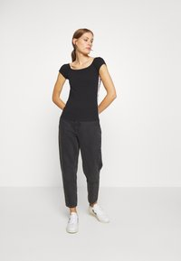 Calvin Klein - BARDOT PRIDE - Print T-shirt - black - 1