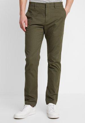 THEO - Chino kalhoty - army