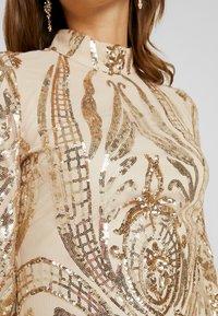 Nly by Nelly - SEQUIN DRESS - Vestito elegante - champagne - 6