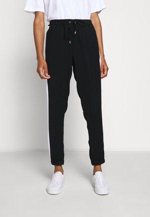 STRIPE TRACK PANT - Kalhoty - black