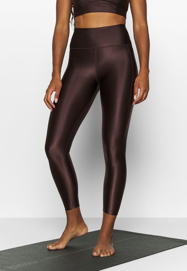 CROPPED GLOSS LEGGING - Tights - maroon