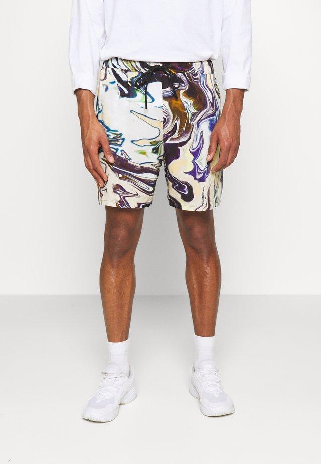 PULL ON IN TRIPPY OIL SLICK PRINT UNISEX - Shorts - multi coloured