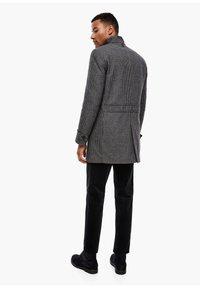 s.Oliver BLACK LABEL - Classic coat - dark blue check - 2