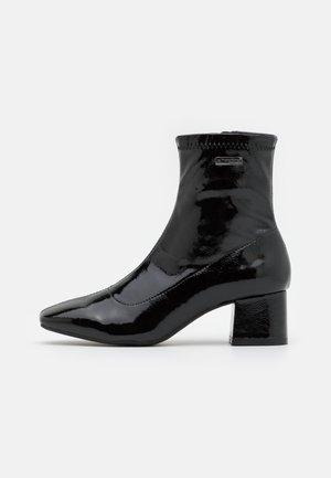 DANIELA - Classic ankle boots - noir