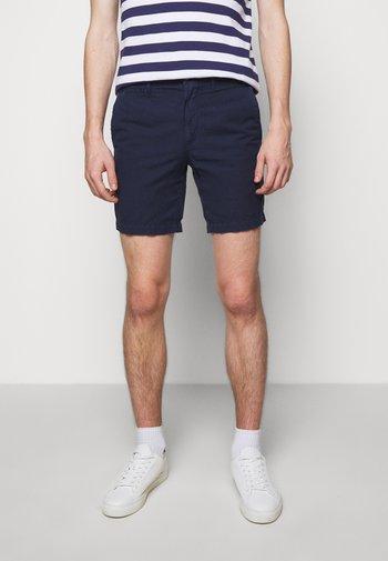 STRAIGHT FIT MARITIME - Shorts - newport navy