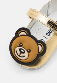 MOSCHINO - First shoes - gold - 5