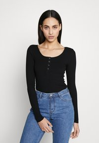 PIECES Tall - PCKITTE - Long sleeved top - black - 0