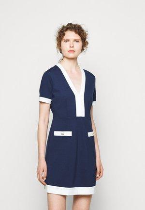 ABITO MILANO BORDI CONTRAST - Jersey dress - indaco/neve