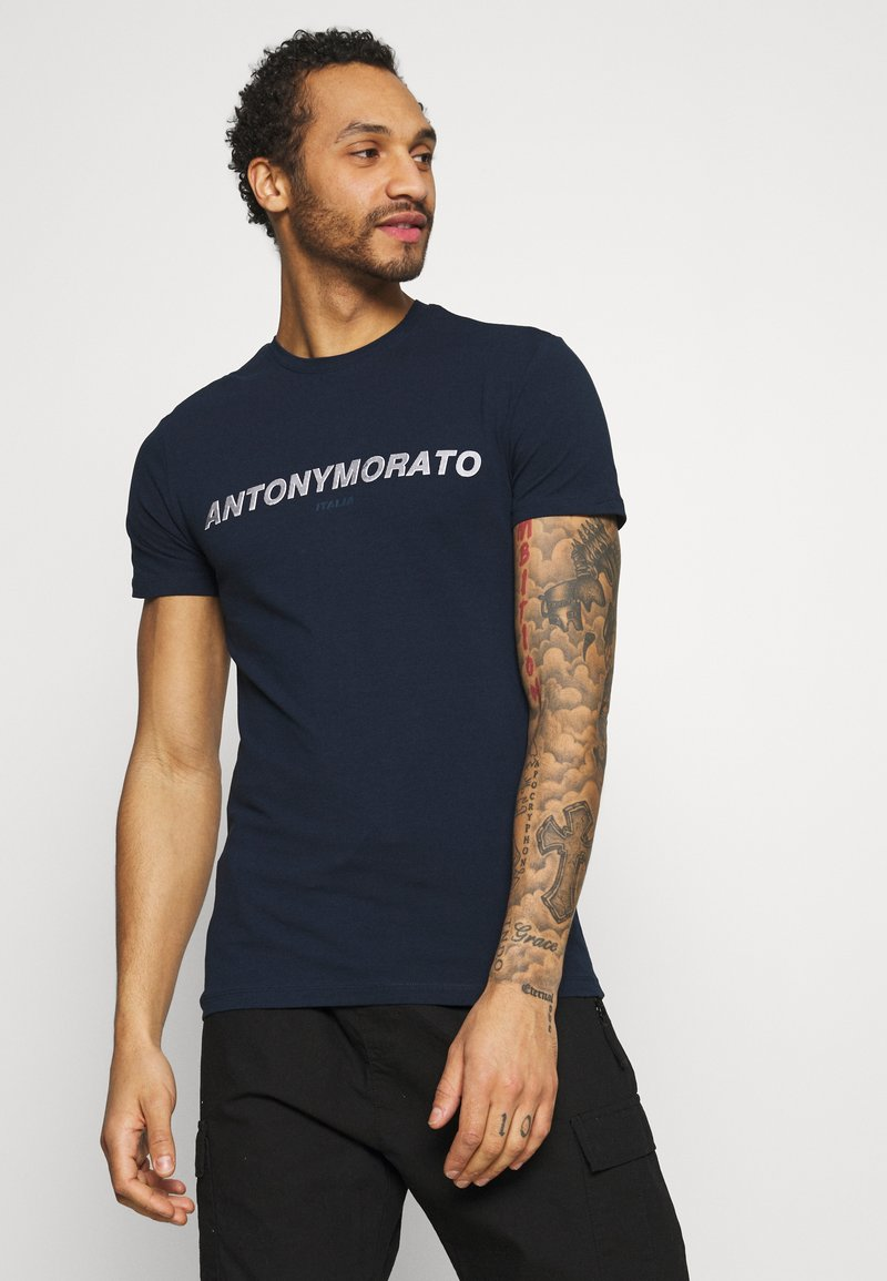 Antony Morato - SUPER SLIM FIT WITH PINS BICOLOUR LOGO - Print T-shirt - avio blu