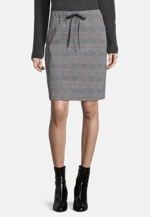 MIT GUMMIZUG - Pencil skirt - schwarz/weiß
