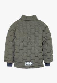 LEGO Wear - LWJIPE 706 - Kurtka snowboardowa - dark green - 2