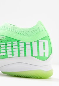 Puma - ADRENALITE 1.1 - Scarpe da pallamano - elektro green/black/white - 5