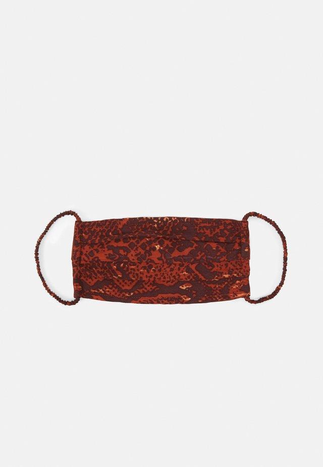 FACE MASK - Maska z tkaniny - rustic brown