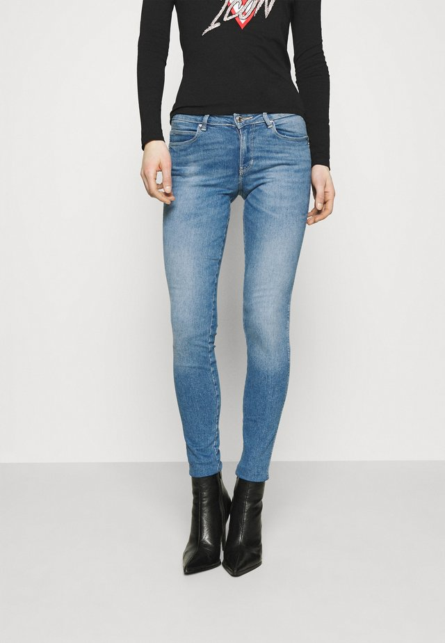 CURVE - Jeansy Skinny Fit - born to run
