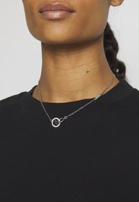 Guess - EQUILIBRE - Necklace - silver-coloured - 1