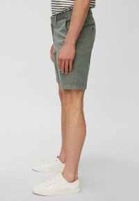 Marc O'Polo - SLIM FIT PIPED BACK POCKET - Shorts - found fossil - 3