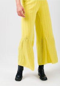 Solai - SUNSHINE - Jumpsuit - yellow - 4