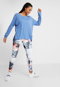 Reebok - WORKOUT READY TRAINING LONG SLEEVE T-SHIRT - Top s dlouhým rukávem - blubla - 1