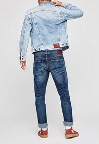 Pepe Jeans - Slim fit jeans - blue denim - 2
