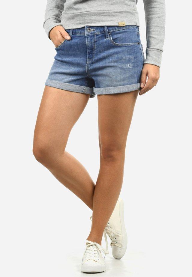 ANDREJA - Denim shorts - light blue